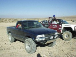RForce5325s 2000 Chevy S-10 photo thumbnail
