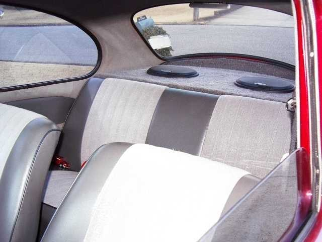thread post photo