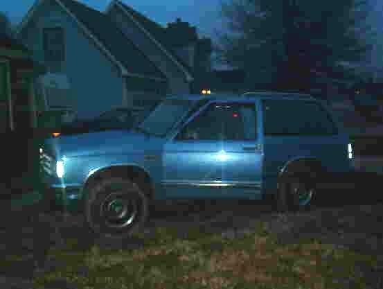 babyblueblazerGRLs 1985 Chevy S-10 Blazer photo