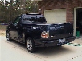 EvolutionSSs 2002 Ford Lightning photo thumbnail