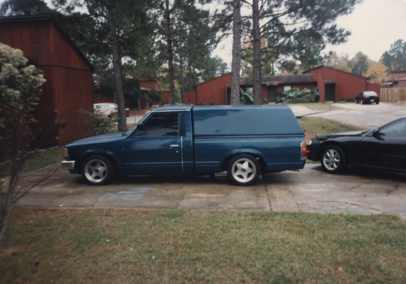laynbdys 1984 Nissan  720 photo