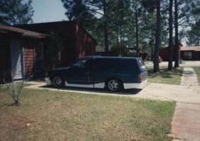 laynbdys 1984 Nissan  720 photo thumbnail