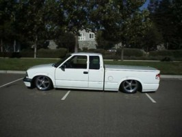 Ben Franklins 1998 Chevy S-10 photo thumbnail