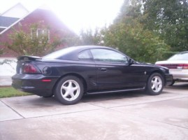 Legend22s 1997 Ford Mustang photo thumbnail