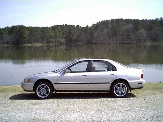 hondadrivers 1997 Honda Accord photo