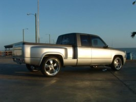 E MENCEMODSs 1994 Chevy Full Size P/U photo thumbnail