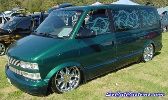 Six15ss 1998 Chevy Astro Van photo