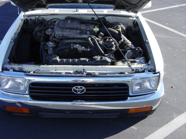 skuras 1990 Toyota 2wd Pickup photo