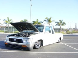 skuras 1990 Toyota 2wd Pickup photo thumbnail