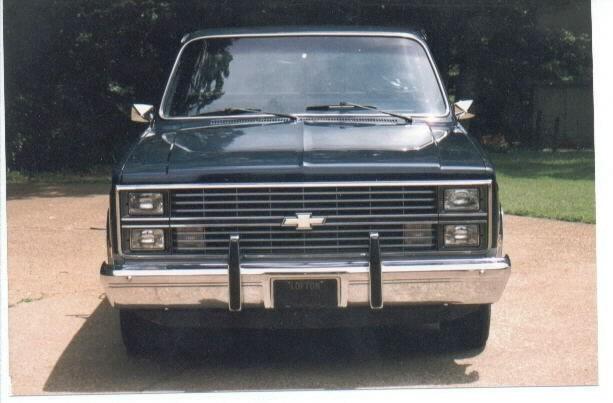 flowdaddys 1984 Chevy Full Size P/U photo