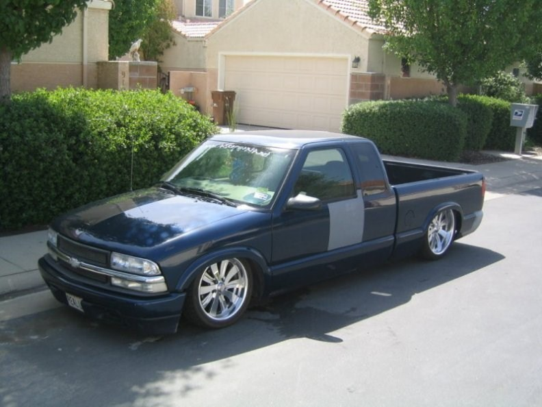 pheno1965s 1998 Chevy S-10 photo