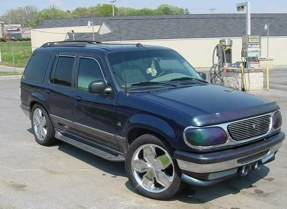 camexp97s 1997 Ford  Explorer photo