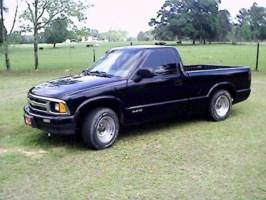 DaviDewis 1995 Chevy S-10 photo thumbnail