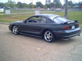 Bigmellos 1998 Ford Mustang photo thumbnail