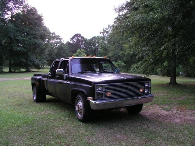 laynbdys 1984 Chevy Dually photo