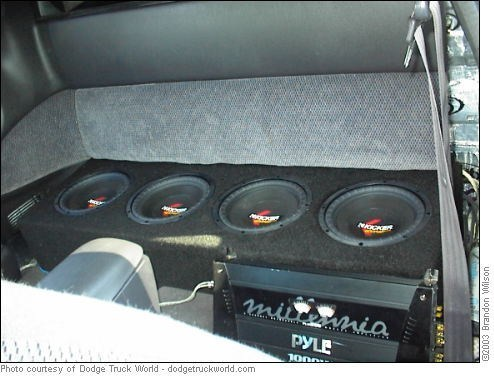 layin dakotas 1998 Dodge Dakota photo