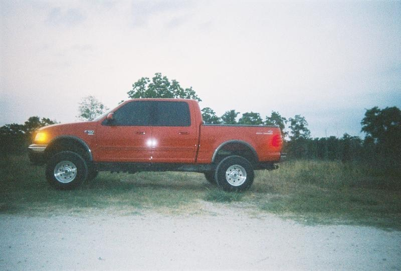 DEADCELLs 2002 Ford F150 SuperCrew  photo