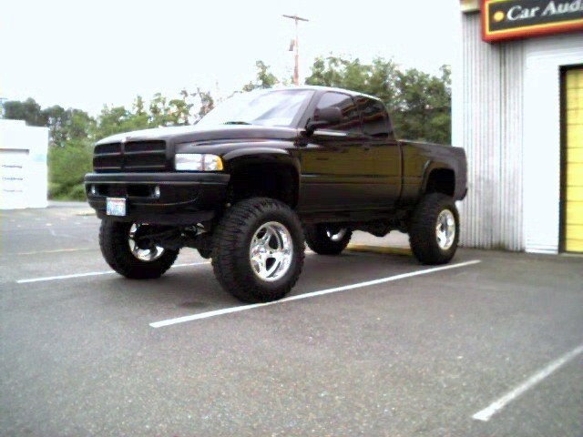 BIG RIGs 1998 Dodge Ram 1/2 Ton P/U photo