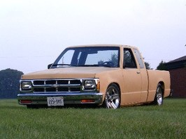 sclassmini88s 1988 Chevy S-10 photo thumbnail