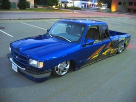 gravity5s 1994 Mazda B4000 photo thumbnail