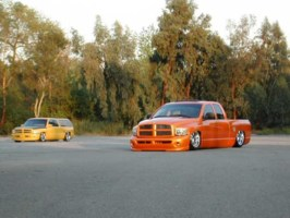 dzdncnfsds 2002 Dodge Ram 1/2 Ton P/U photo thumbnail