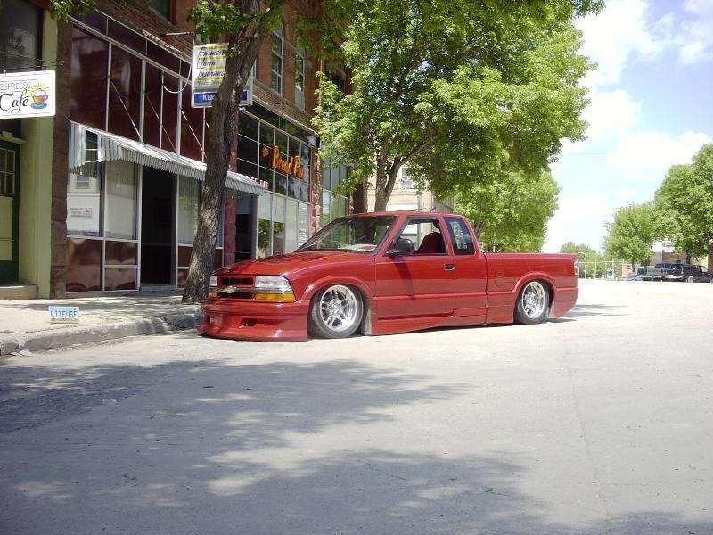 scalades 1998 Chevy S-10 photo