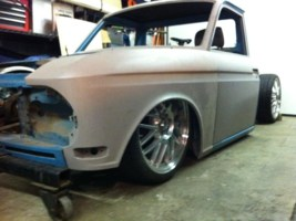 lowbuckets 1967 Datsun 520 photo thumbnail