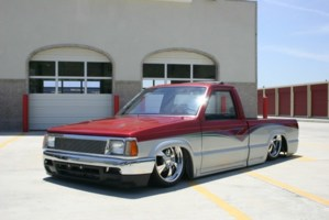 MazdaonDUBss 1986 Mazda B2000 photo thumbnail