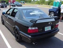 OuterPlayas 1997 BMW 3 Series photo thumbnail