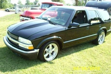 Badbradcustomss 2001 Chevrolet Blazer photo