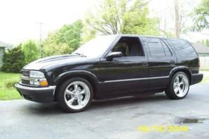 Badbradcustomss 2001 Chevrolet Blazer photo thumbnail