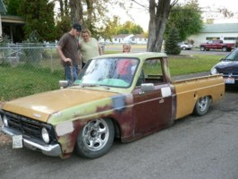302couriers 1974 Ford Courier photo thumbnail