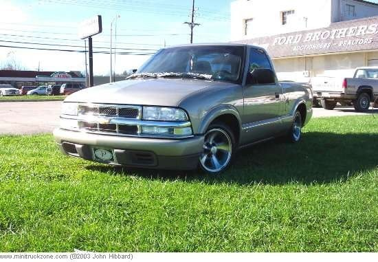 chico17s 2000 Chevy S-10 photo