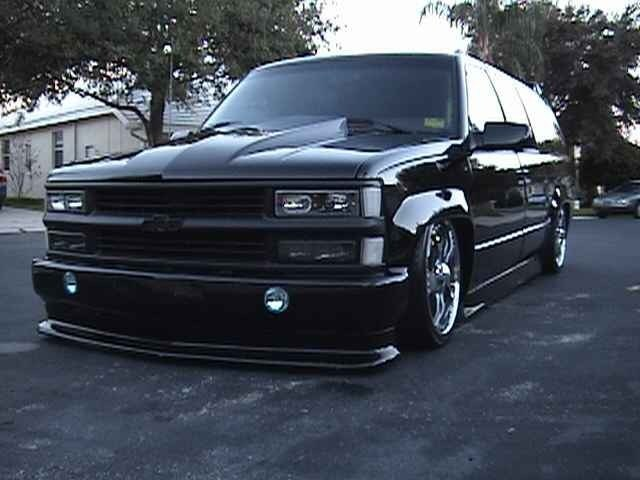 layinbodykits 1992 Chevrolet Suburban photo