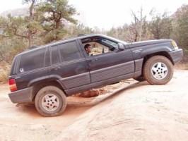 westbeach8s 1995 Jeep Grand Cherokee photo thumbnail