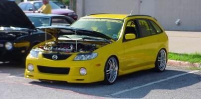 Piranas 2002 Mazda Protege 5 Wagon photo thumbnail