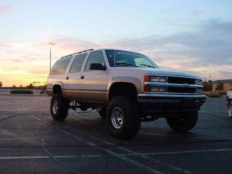 atukn22schevys 1999 Chevrolet Suburban photo