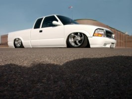 toadfrog17s 1996 Chevy S-10 photo thumbnail
