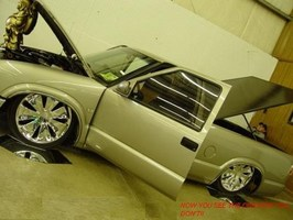 DUBS MINIS CAN HAVEs 2000 Chevy S-10 photo thumbnail