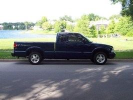 Wakeboard03S10s 2003 Chevy S-10 photo thumbnail