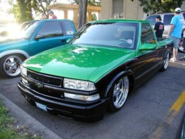 joe2lows 1998 Chevy S-10 photo thumbnail