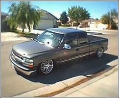 AshMitchells 2002 Chevrolet Silverado photo thumbnail