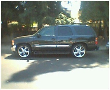SLVR2K2s 2003 GMC Yukon photo