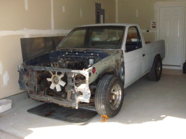 plugees 1994 Nissan Hard Body photo