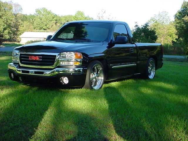 1LOW03s 2003 GMC 1500 Pickup photo