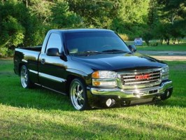 1LOW03s 2003 GMC 1500 Pickup photo thumbnail