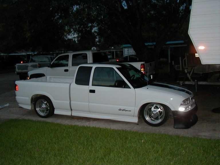 tha mazdas 2001 Chevy Xtreme photo