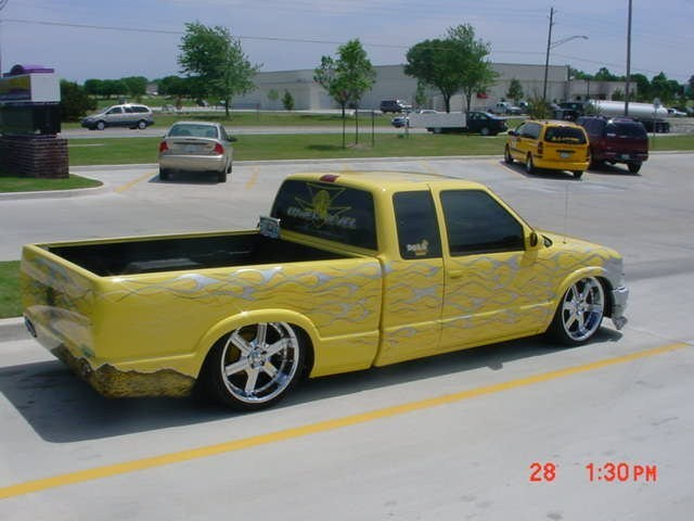 lowerlevel s dimes 1994 Chevy S-10 photo
