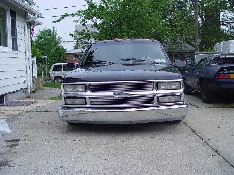 Ih8bmpss 1994 Chevy Crew Cab photo
