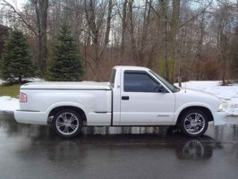 pimptrucks 1997 GMC Sonoma photo thumbnail